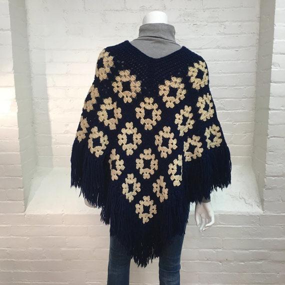 Vintage Poncho Granny Square Crochet Poncho Poncho Tejido azul y ...