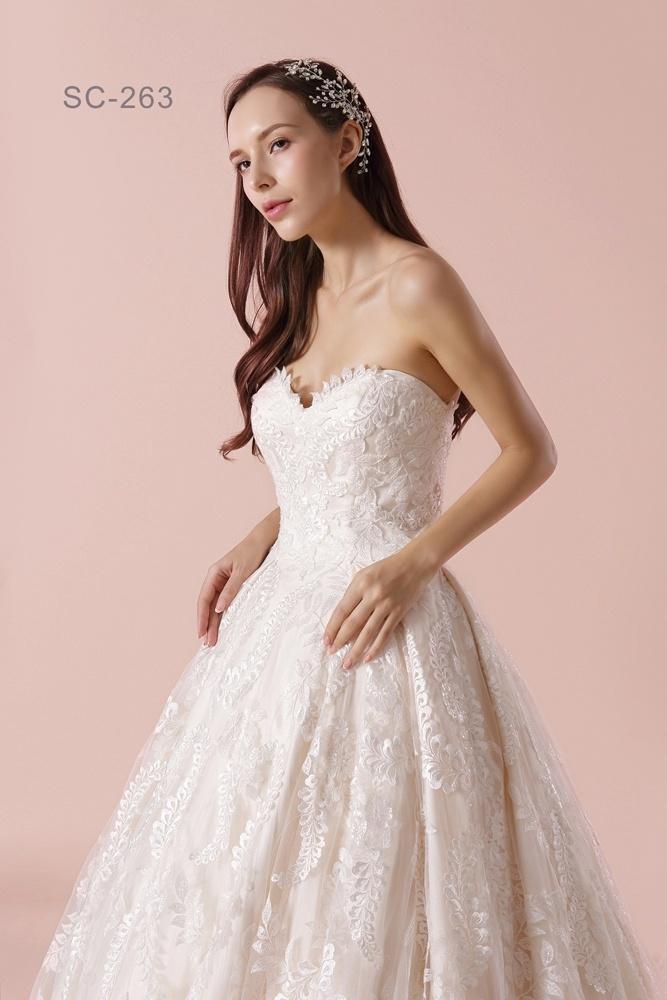 Escote de enamorados de la moda 2018 vestidos de novia con un largo ...