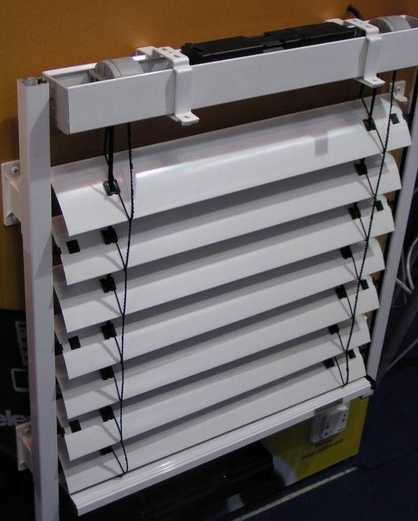 Motorized and Manual Sunshade Aluminum Venetian Roller Blinds