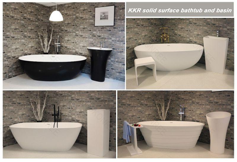 Bath Vasca Da Bagno In Inglese : Vasca da bagno di pietra indipendente di figura delluovo di disegno