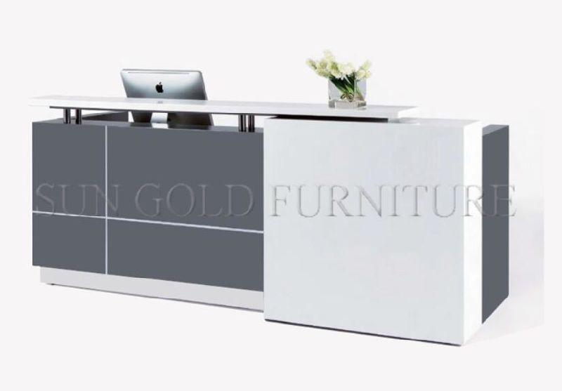 Compteur en forme de l moderne de meubles de bureau en bois