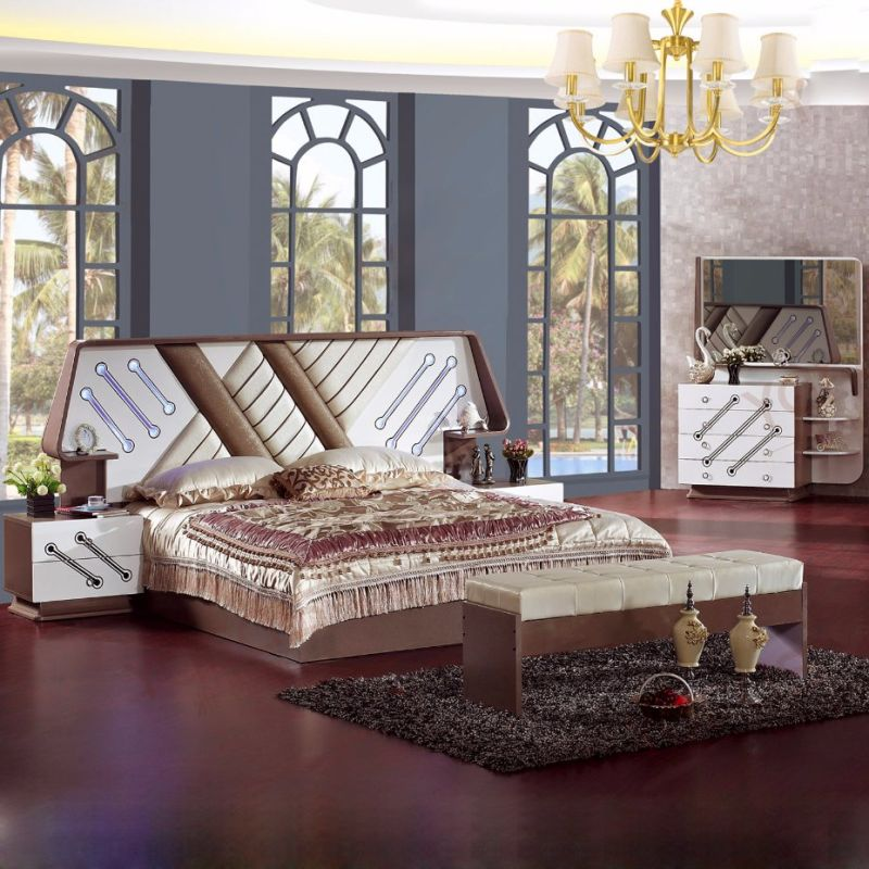 Clásico juego de muebles de dormitorio con cama clásica (6618 ...