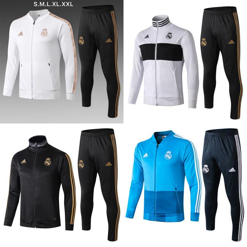 Vestiti di addestramento di calcio della gioventù delle donne ...