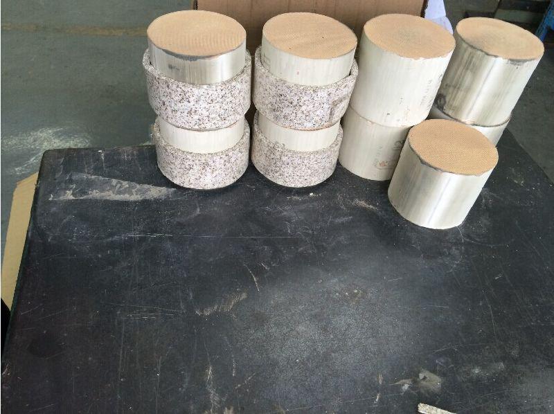 China Cordierite Ceramic Honeycomb Substrate Honeycomb