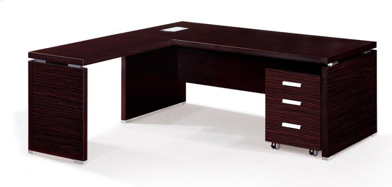 Les styles italien bureau table des cadres pour office cd for Muebles de oficina italianos