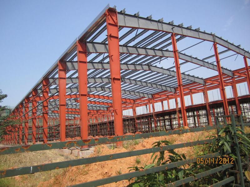 Edificio de acero estándar con marco de acero para el taller y la ...